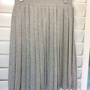 Club Monaco pleated skirt